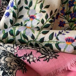 Accessories - New XL Floral Print 100% wool Scarf